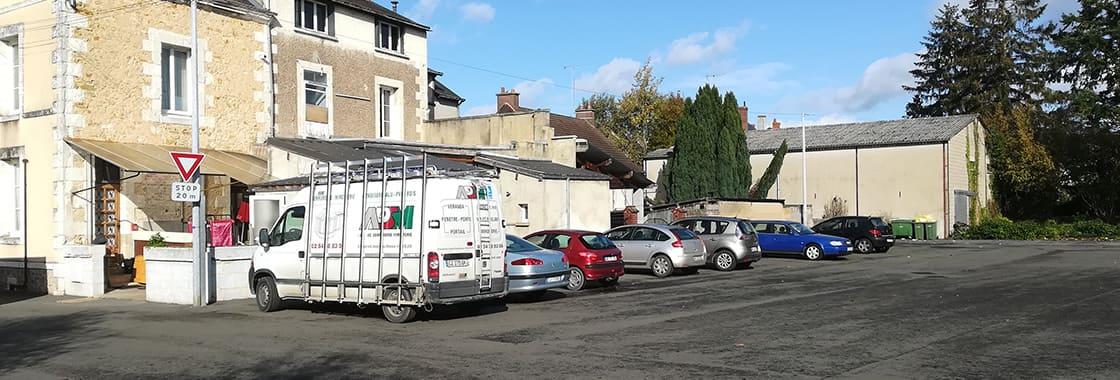 Grand parking pour camions au restaurant de la Gare à Bessé 72